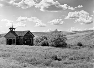 c85-1898 Lynn Gulch Schoolhouse, Washington Wheatcounty.jpg
